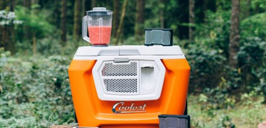 Coolest Cooler กระติกน้ำสำหรับปาร์ตี้แบบใหม่ สุดล้ำสมัยใช้งานได้ครบครัน