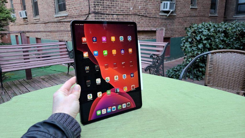 Apple iPad ที่เตรียมปล่อยจอ LED