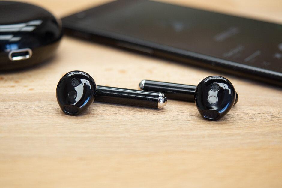 Freebuds 3 ของ HUAWEI ที่การสื่อสารได้ชัดเจนยิ่งขึ้น กับหูฟัง True Wireless
