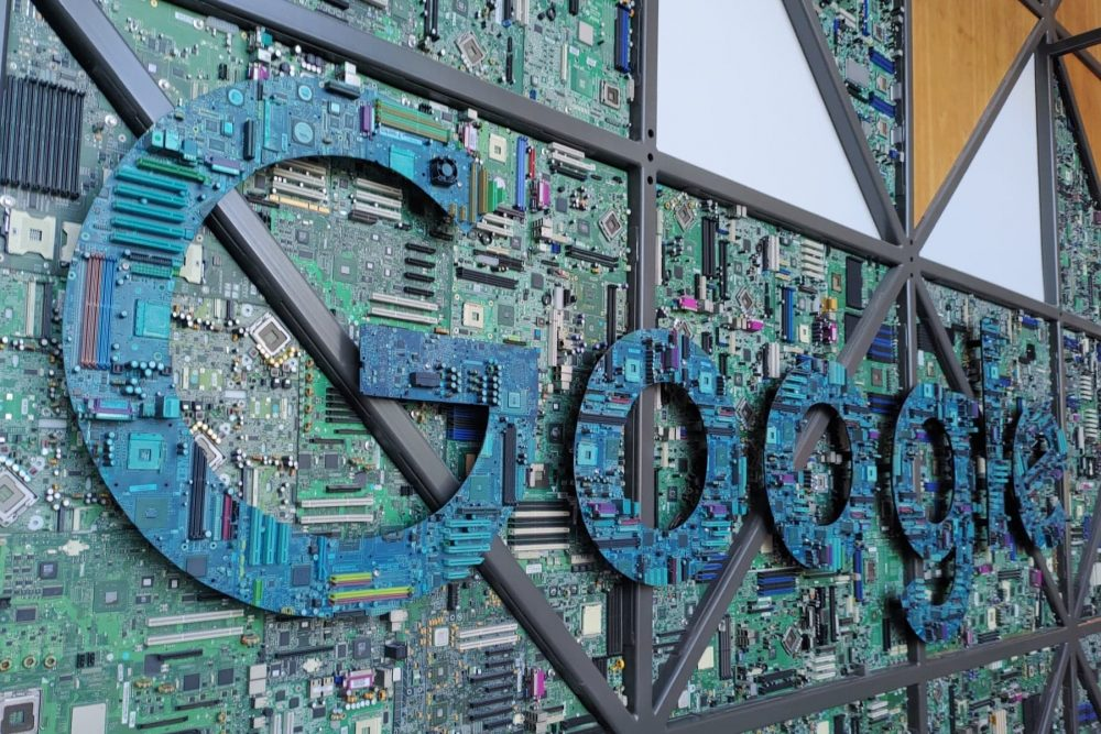 Google ต่อต้านการแข่งขันทางการค้า