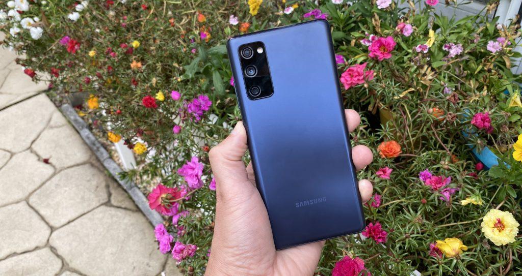 Samsung เมื่อ Galaxy S21 FE อาจไม่วางขายทั่วโลก